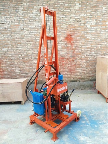 Machine for drilling water